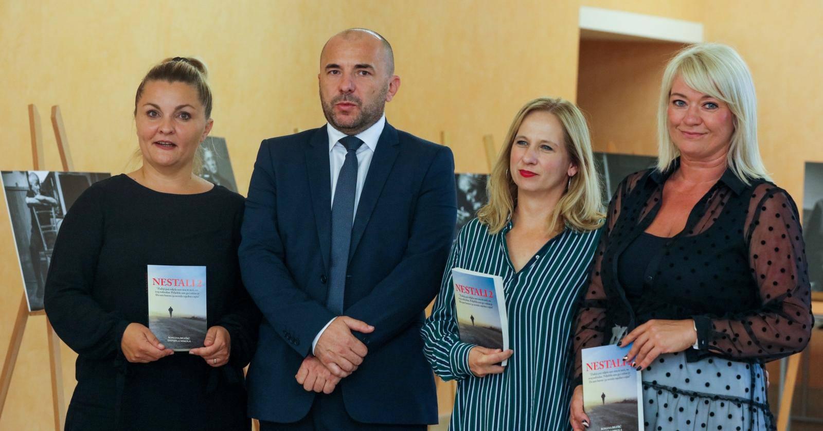 Promocija knjige Nestali 2 i izložba fotografija Sandre Šimunović, fotoreporterke Pixsella