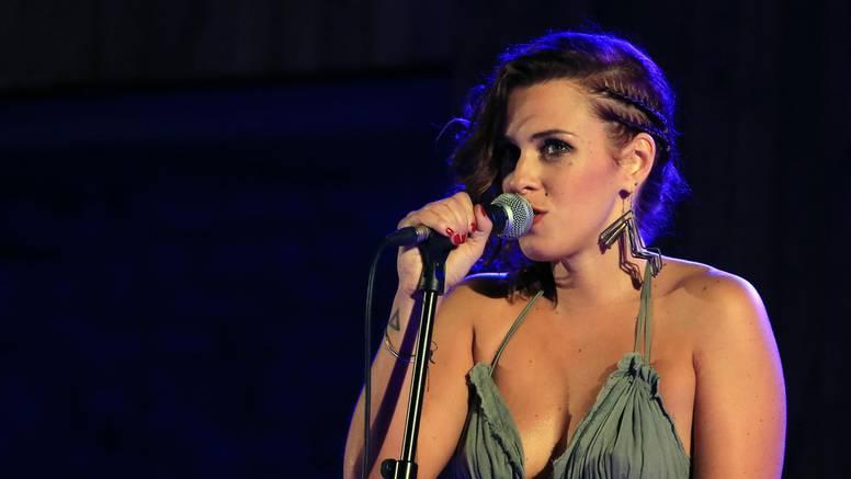 Koncert u Zagrebu u povodu 10 godina karijere N. Dizdar