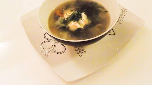 S.O.S. juha idealna je za dane nakon blagdana i tulumarenja
