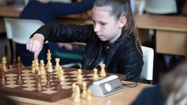 Potez za pobjedu: Uveli su šah kao izvannastavni predmet
