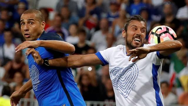 Football Soccer - France Legends vs Italy Legends