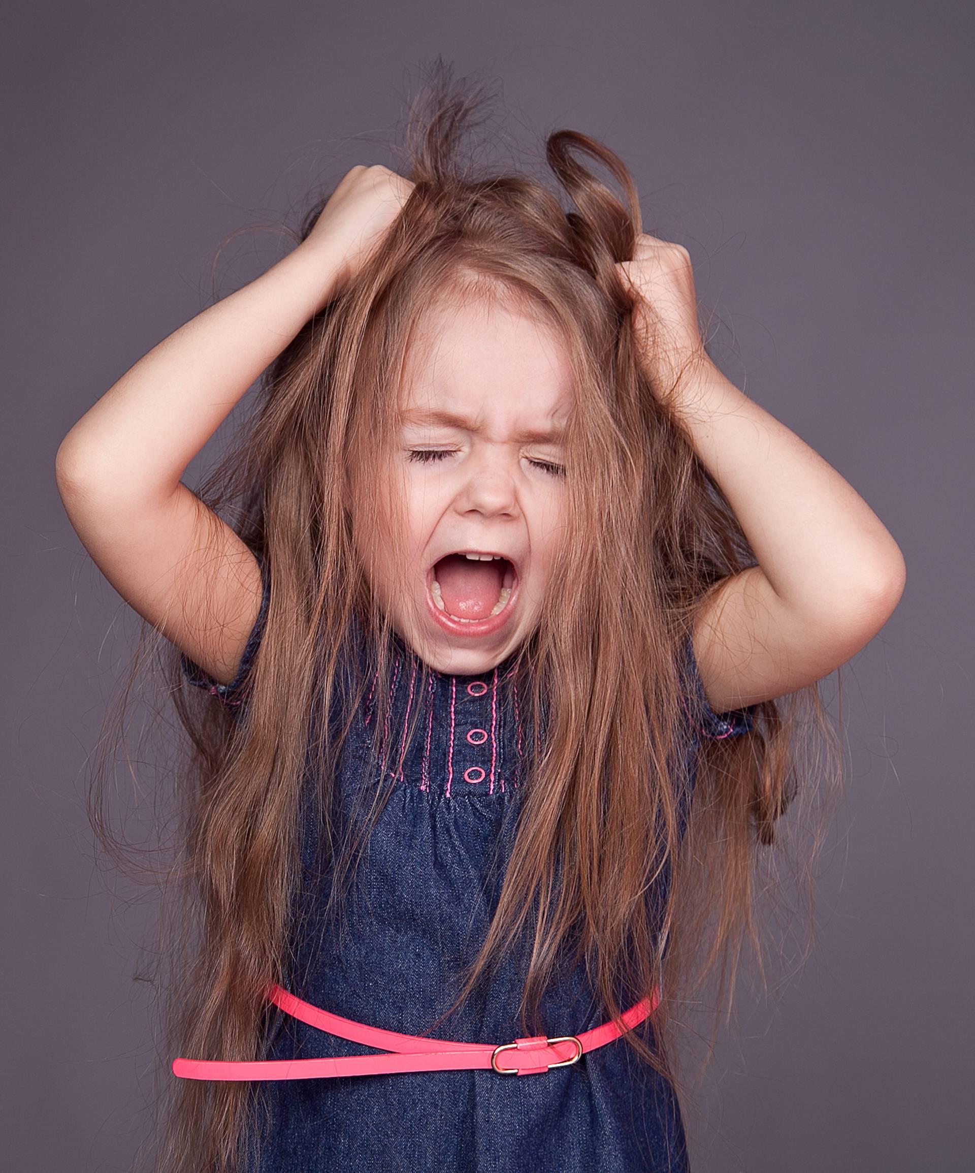 Zbog kemikalija u kozmetici curice mogu ranije u pubertet