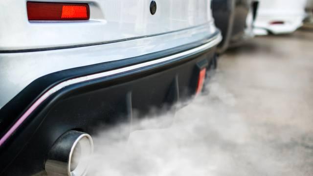 Kraj za benzince, dizelaše ali i hibride u Velikoj Britaniji