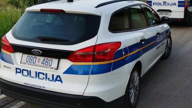 Pješakinja (74)  smrtno stradala u naletu automobila u Borovu