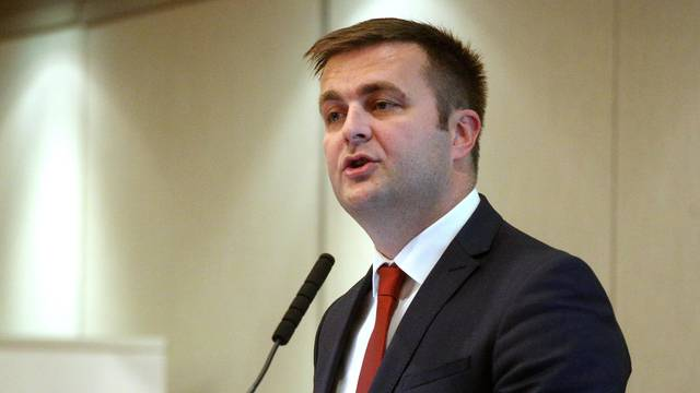 Zagreb: Prstenov gospodarski forum