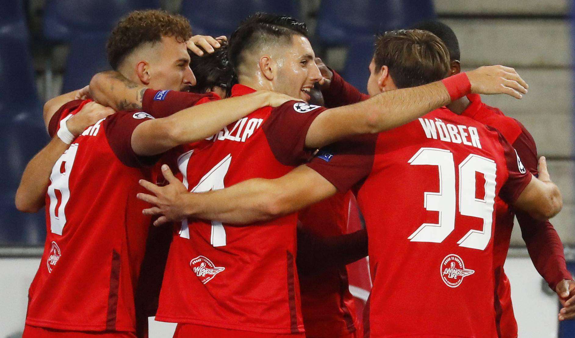 Champions League - Play-off - Second Leg - FC Red Bull Salzburg v Maccabi Tel Aviv