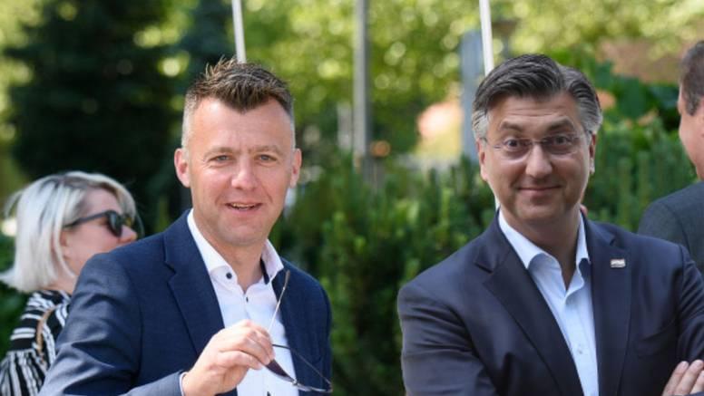 Superuhljeb Krunoslav Lukačić nagomilao šest fotelja i imat će veću plaću nego Plenković
