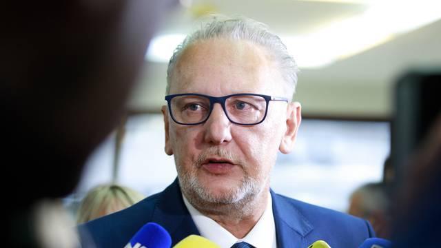 Božinović tvrdi: Nisam pozvao na prestanak oglašavanja...