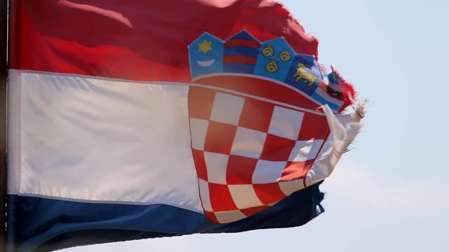 Da rodim za spas Hrvatske?  Je li to za plakanje ili smijanje?