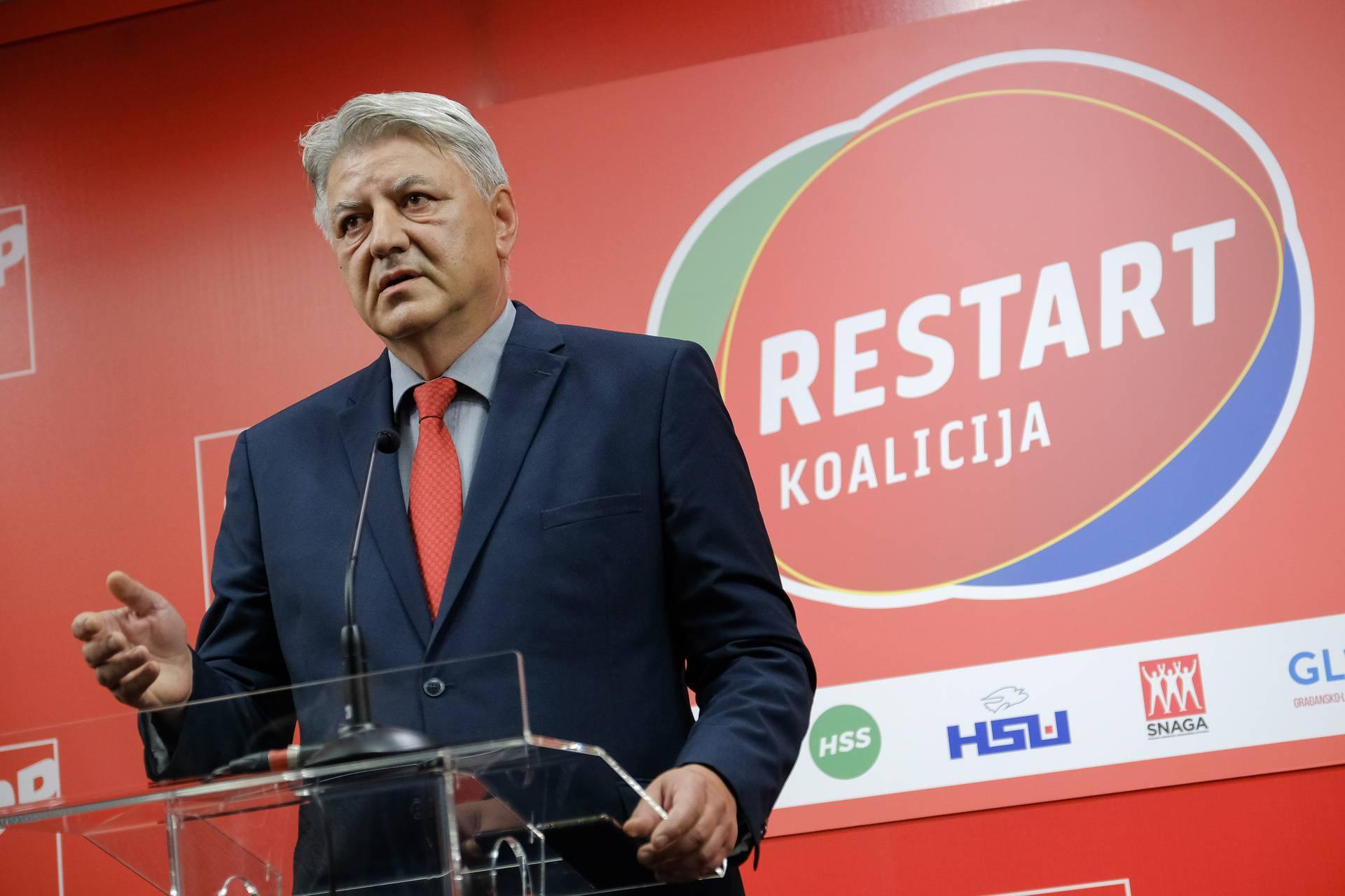 Zagreb: Zlatko Komadina obratio se medijima u središnjici SDP-a
