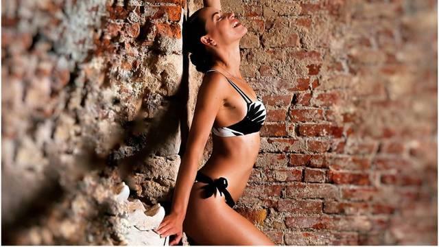 Slovenka osvojila 'Savršenog', a sada zavodi u mini bikiniju...