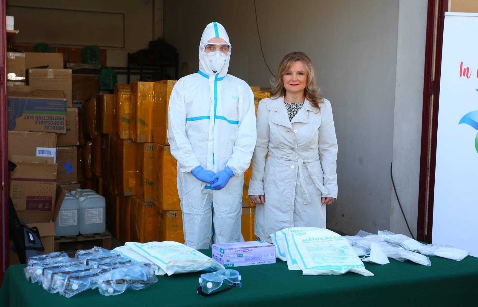 Stožer civilne zaštite Karlovačke županije predstavio medicinsku opremu vrijednu 2.2 milijuna kuna