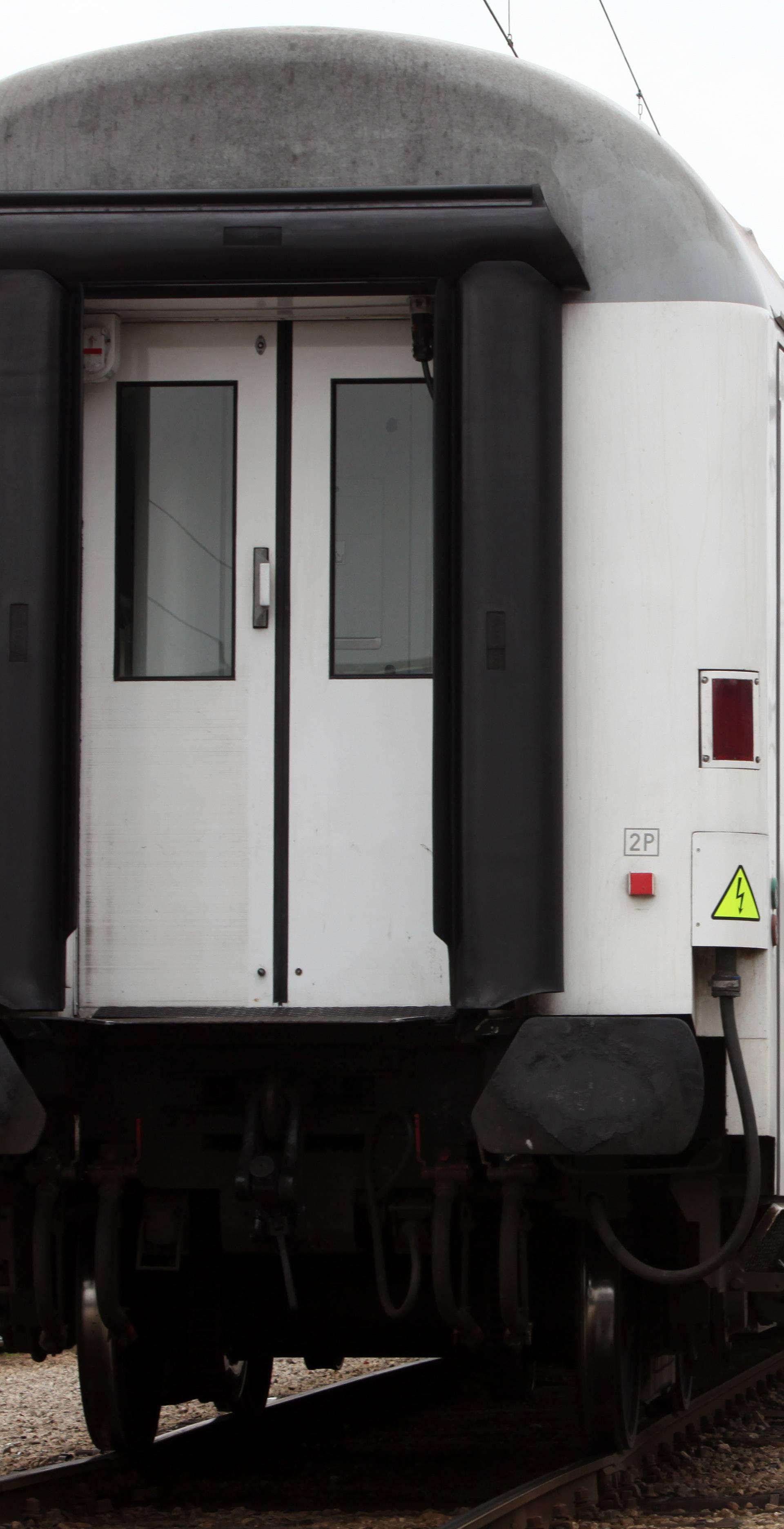 U vagonu pronašli tijelo žene: Silovana je i ubijena kolcem?