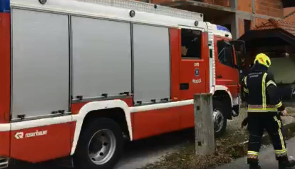 Kod Čazme se zapalila kuća: U požaru je poginula starica (84)