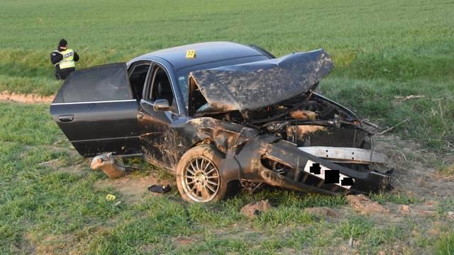 Nesreća kod Pleternice: Audi sletio s ceste, poginuo mladić