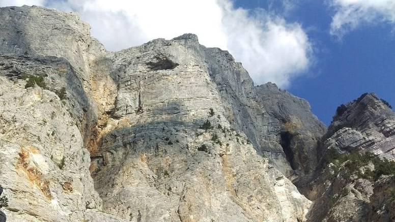 U tijeku je akcija spašavanja mladića iz Velike Gorice koji je zalutao na planini u Hercegovini