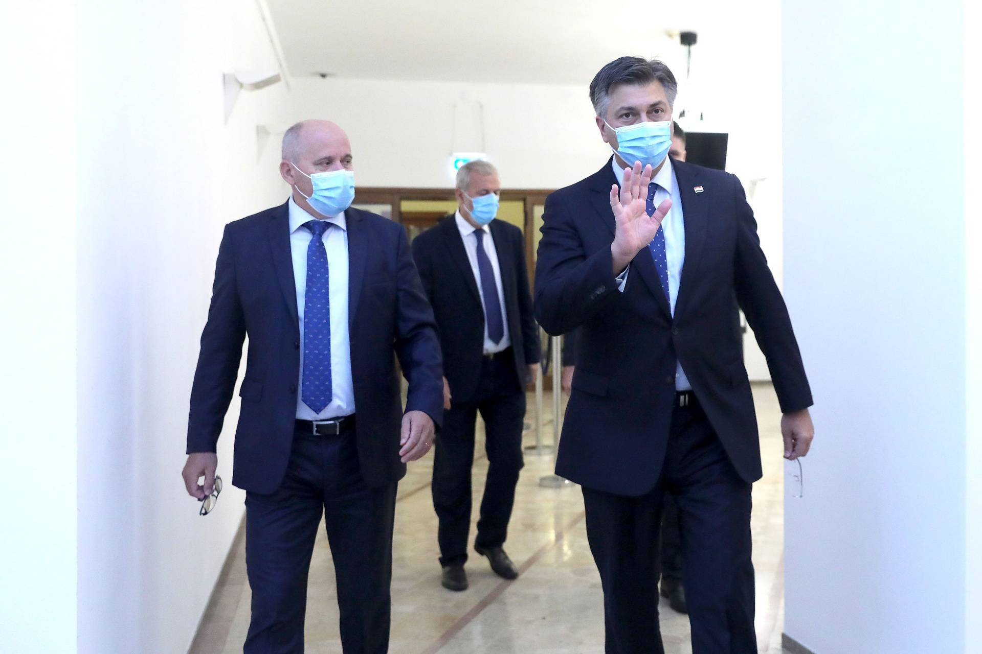 Zagreb: Održana sjednica kluba zastupnika HDZ-a