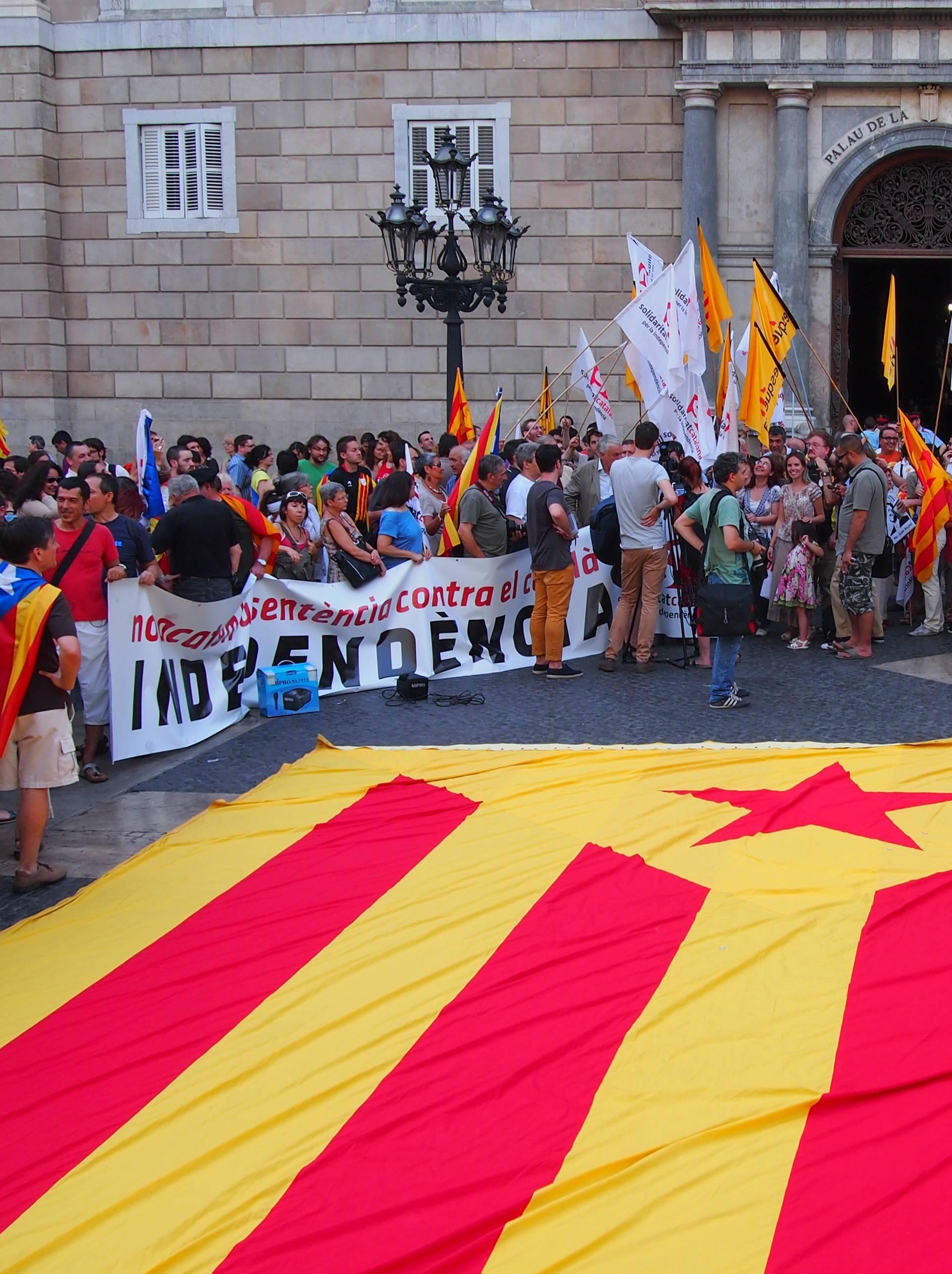Kataloncima zbog odcjepljenja prijeti i do 15 godina zatvora