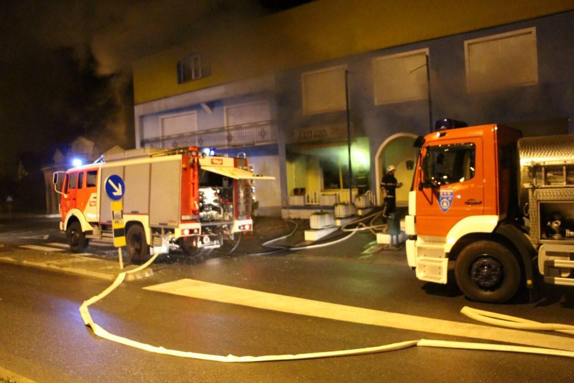 Izgorjela cvjećarnica: Požar je izazvao prevrnuti lampion?