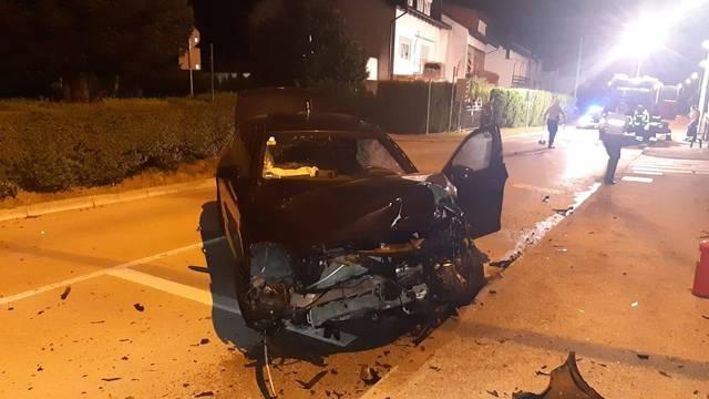 Auto se zapalio nakon sudara