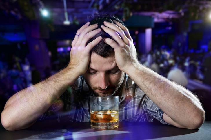 Tko je od vas alkoholičar? Riješi test i saznaj koliko doista piješ
