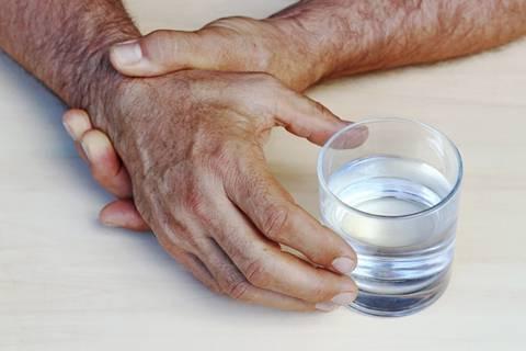 Tresu vam se ruke? To može biti pokazatelj teških bolesti