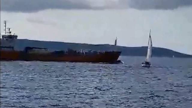 Bliski susret kod Rogoznice: Jedrilica i brod izbjegli sudar
