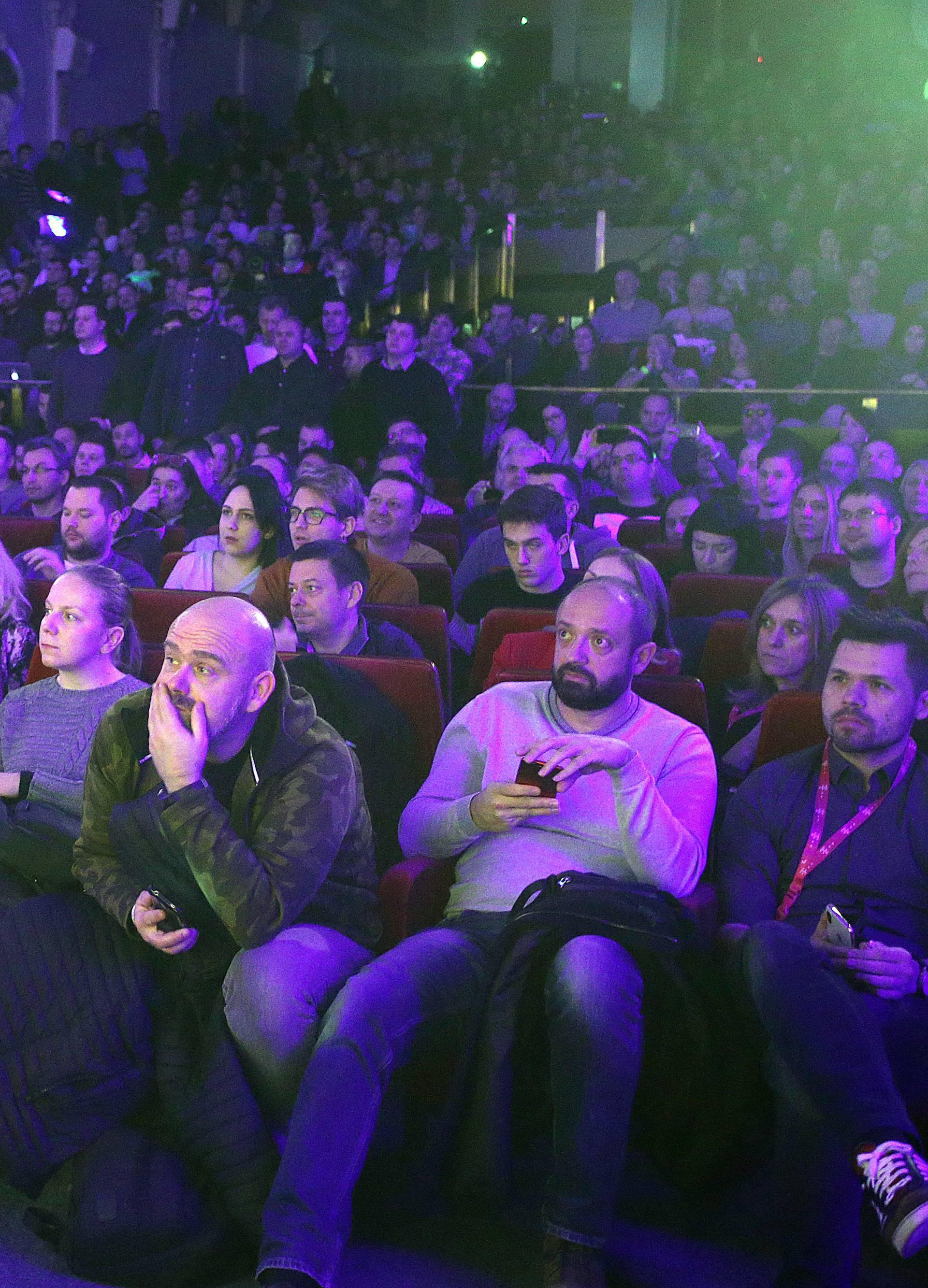 Iskusni programeri u Hrvatskoj mogu zarađivati i do 18.000 kn