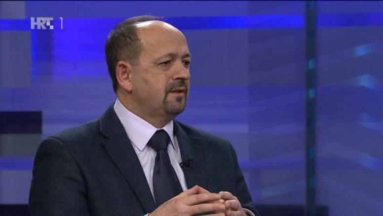 Lovrinović: Može se uštedjeti 10 milijardi bez rezanja plaća
