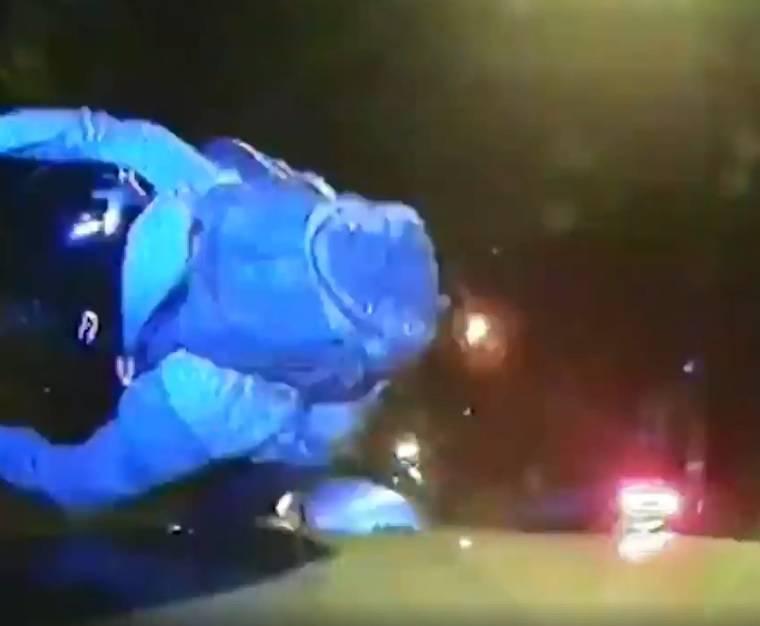 Brutalnost: Policija u Londonu lovi i gazi lopove na motorima!
