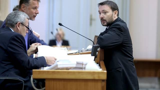 Zagreb: Glasovanje o raspravljenim točkama dnevnog reda u Saboru