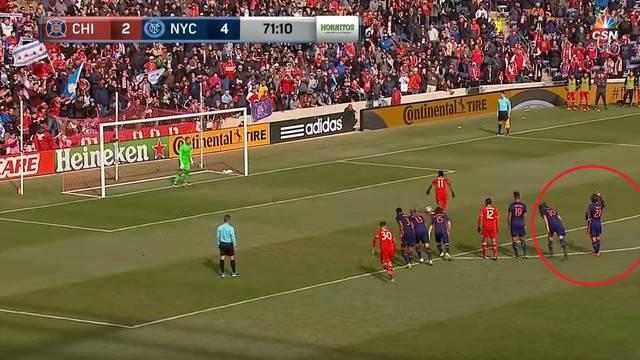 Vidoviti Pirlo pokazao golmanu gdje će protivnik pucati penal