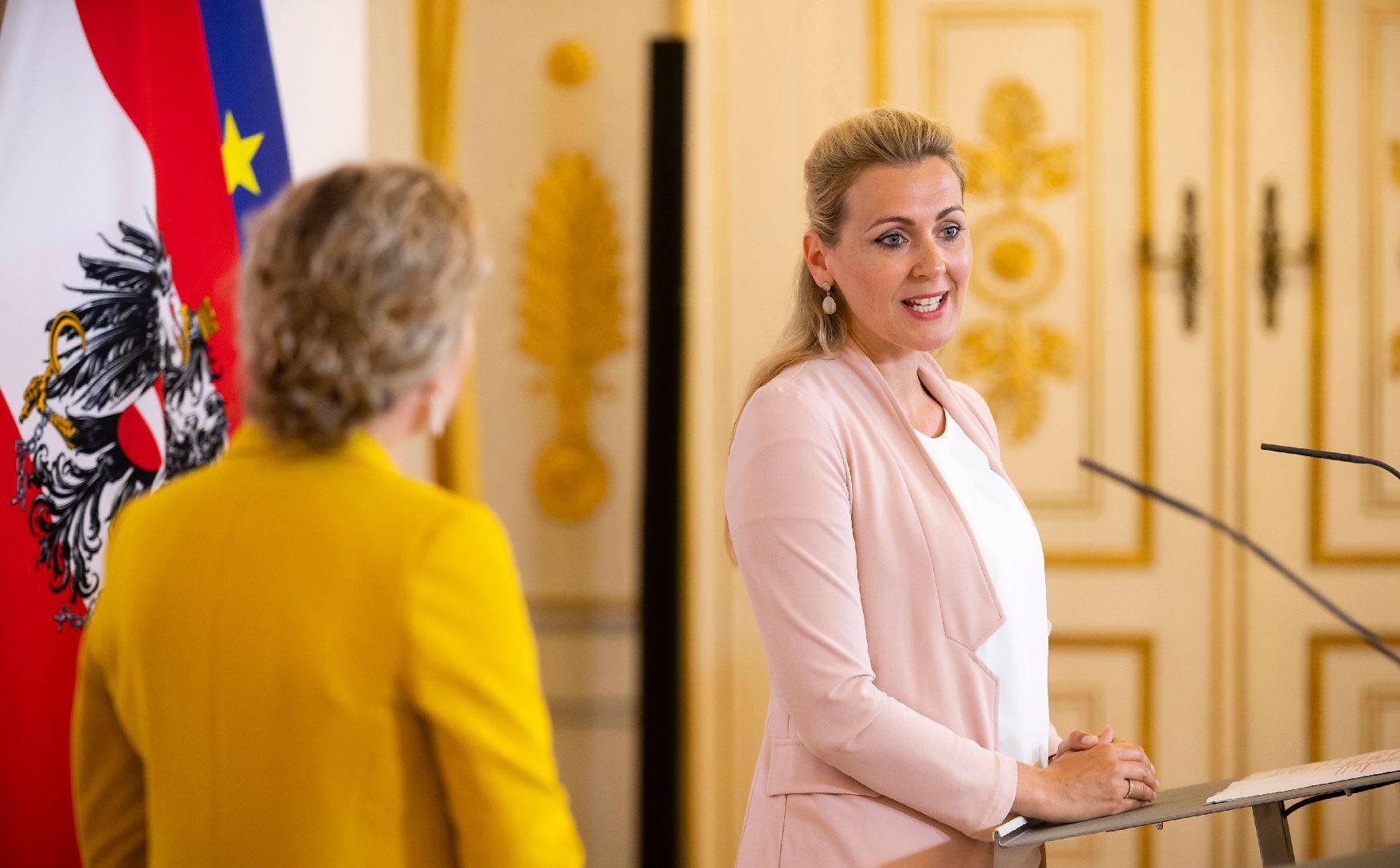 Austrijski model: Svaka obitelj će dobiti 360 eura po djetetu, posebna potpora ide ženama