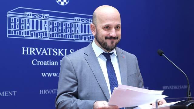 Zagreb: Maras o radu uz neisplatu plaća u državnoj firmi