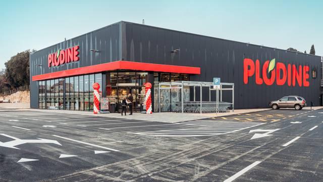 Plodine nastavljaju sa širenjem mreže –  Novi supermarket Plodina otvoren u Vrsaru