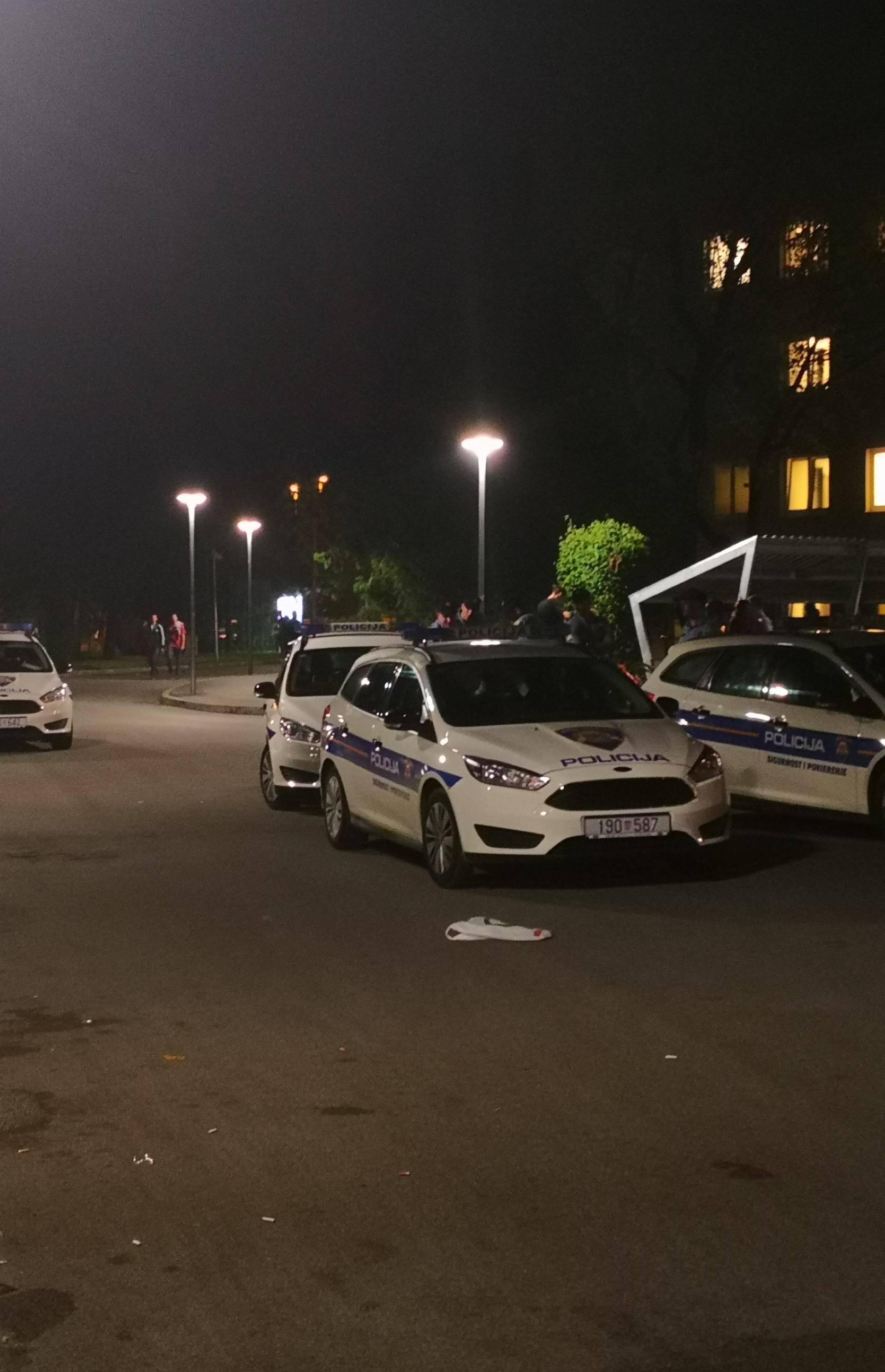 Neredi u studentskom domu na Savi, stigla interventna policija