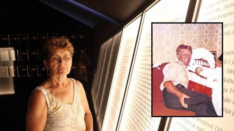 """""""Pričali su da mi je otac tri dana mrtav ležao pred kućom..."""""""
