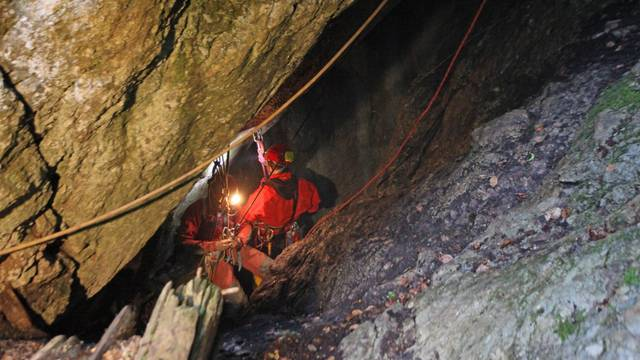 Otkriće hrvatskih speleologa: Ispod Velebita imamo jamski sustav dulji od 52 kilometra!