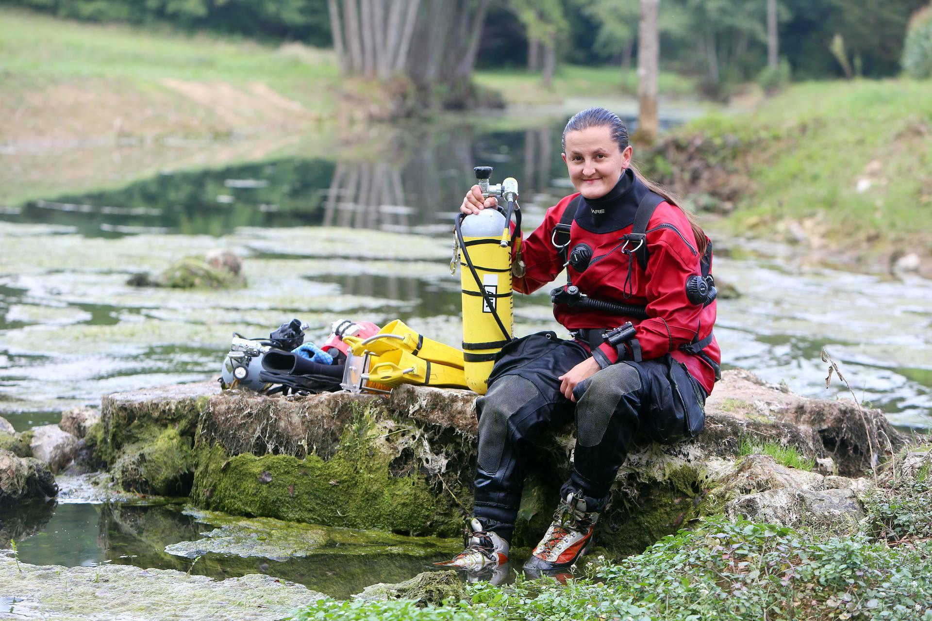 'Žena zmaj' Đenis iz HGSS-a: Na 40 metara dubine spašavala sam žrtve, to je jako opasno...