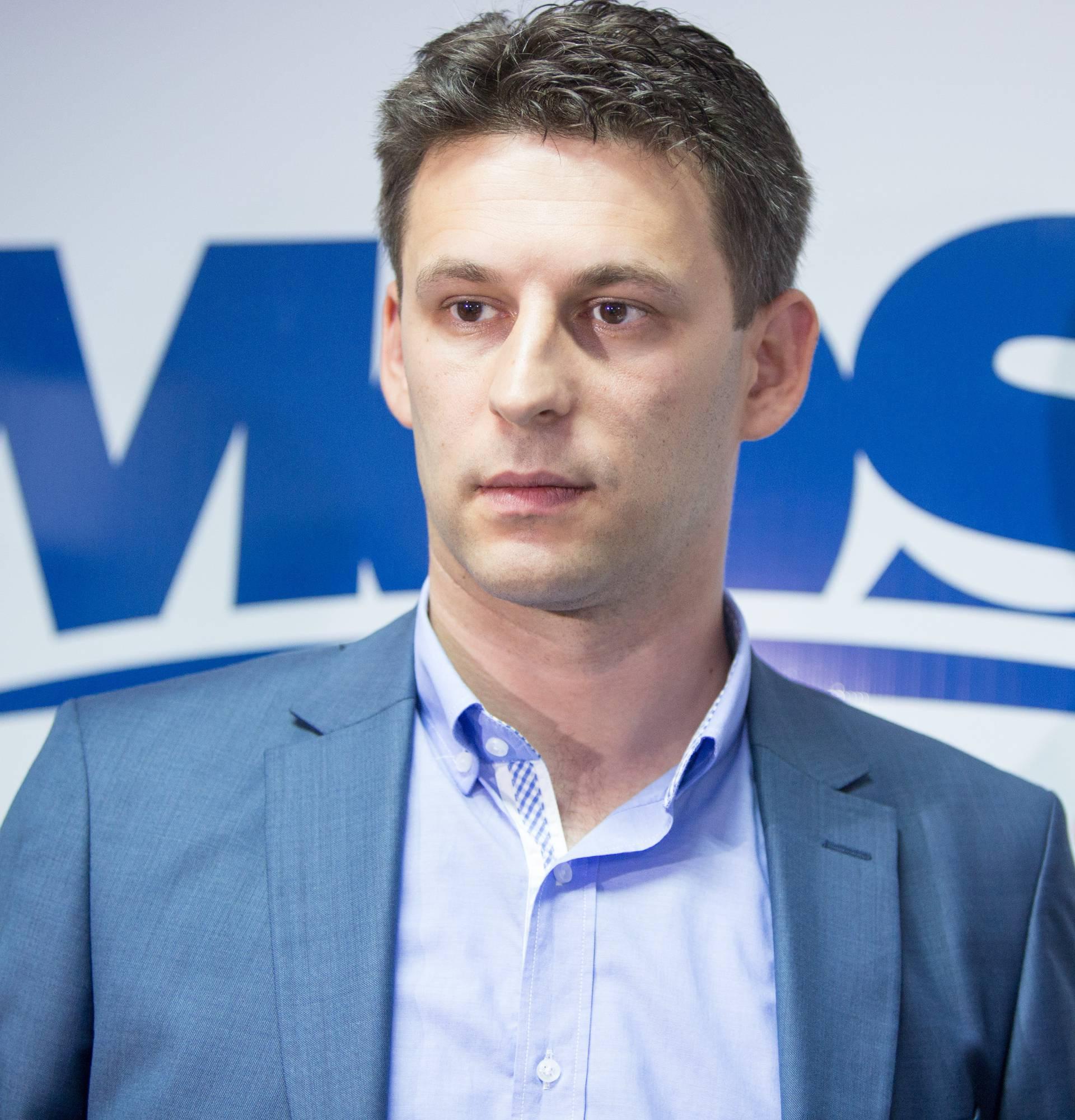 Bez iznenađenja: Petrov  nosi 10., Orepić 1. izbornu jedinicu