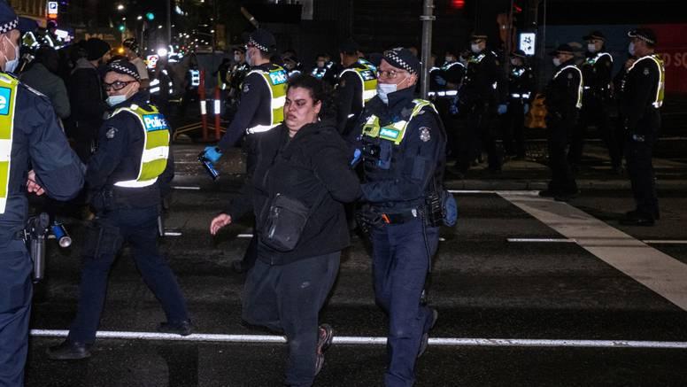 Prosvjedi protiv lockdowna, sukobi sa policijom: U Australiji sve više zaraženih koronom...