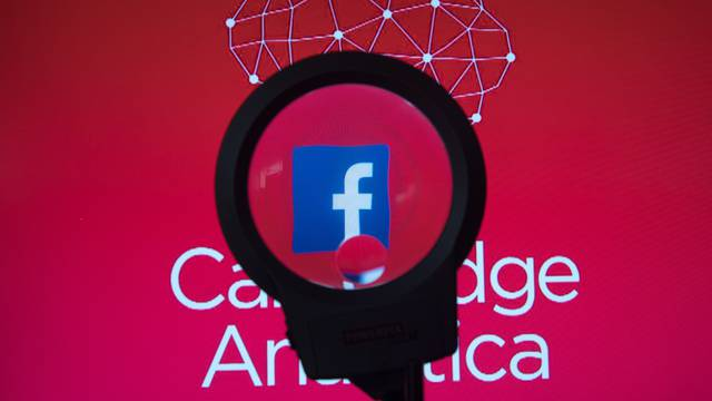 Iskorištavali su i Facebook profile čak 21.517 Hrvata...