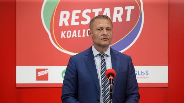 Restart: Plenkoviću i HDZ-u su važnije fotelje od zdravlja ljudi