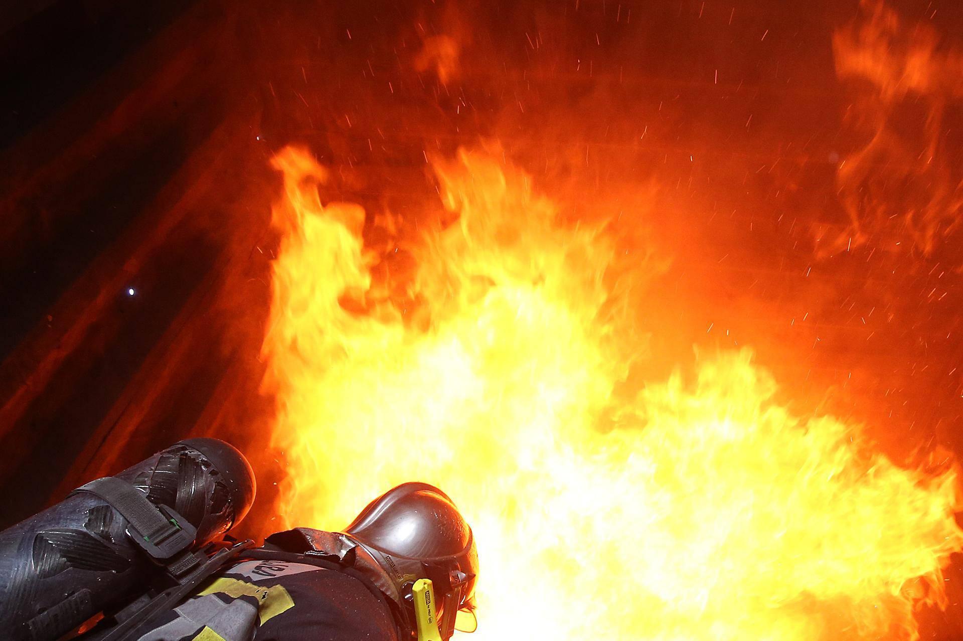U slučaju požara: 7 smjernica kako spasiti život sebe i drugih