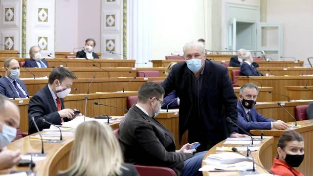 Sabor nastavio sjednicu glasovanjem o raspravljenim točkama dnevnog reda