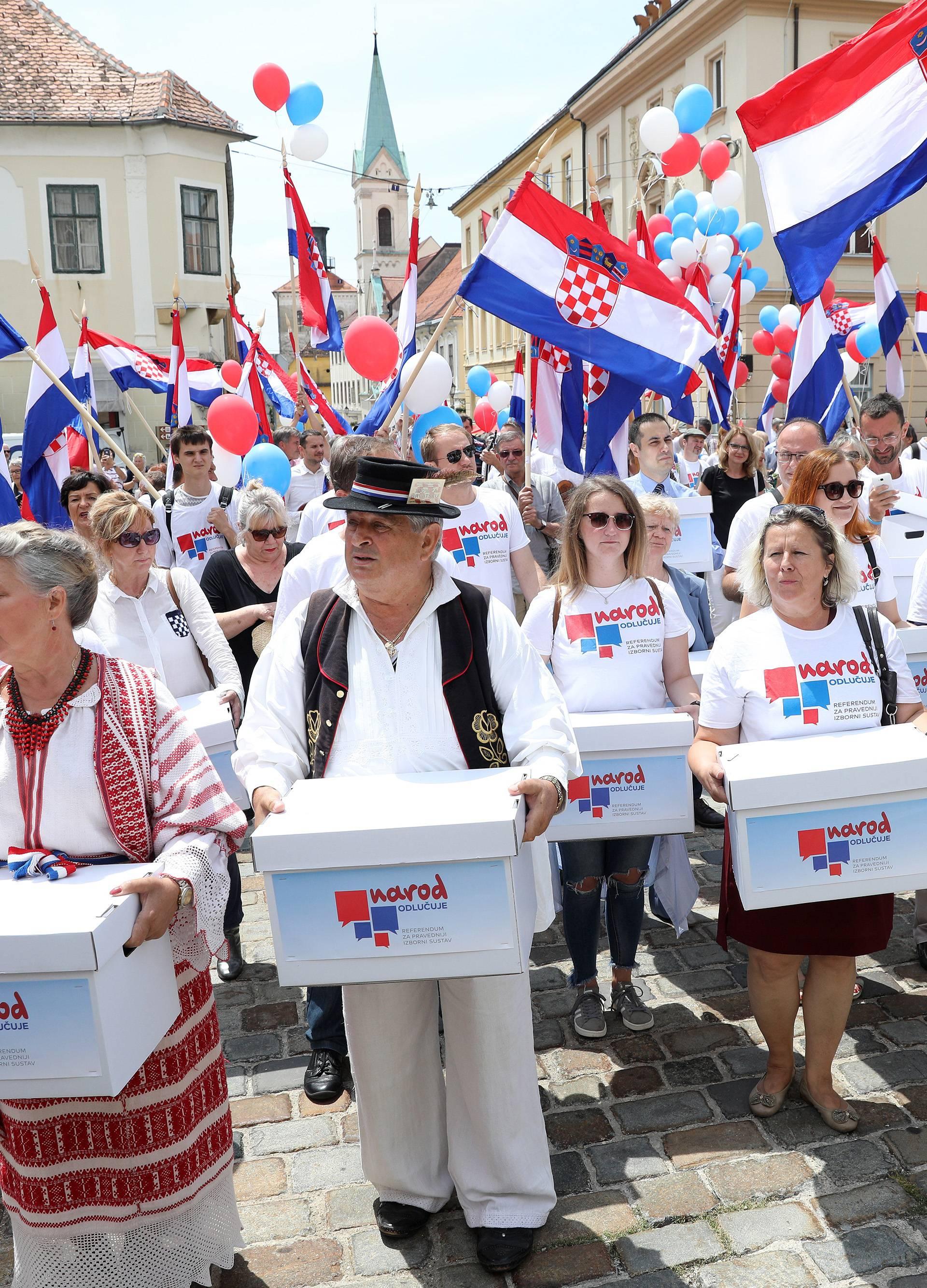 Narod odlučuje: Želimo ostavku Kuščevića  te novi referendum!