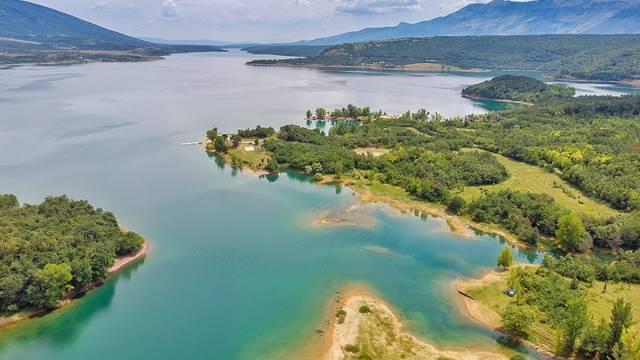 Jezero Peruća jedno je od 20 najljepših u Europi: Oaza mira