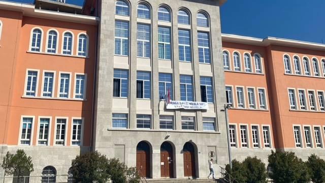 Učitelji riječke škole zahvalili učenicima i uzeli simpatije cijele Hrvatske: Mi smo tu za njih