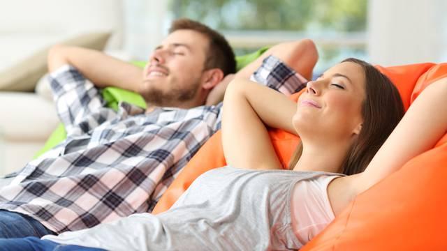 Suh zrak u domu i uredu utječe na ubrzano širenje virusa
