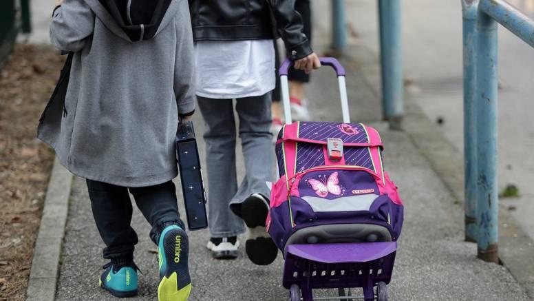 Tri srednje škole u Zagrebu su u potpunosti online, 6454 đaka u samoizolaciji, 517 ih je pozitivno